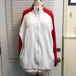 Nike Fit Dry Sweatshirt